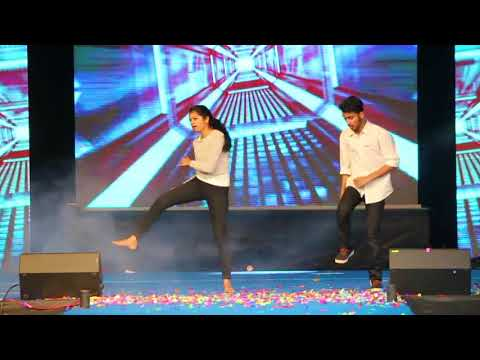 Xxx Mp4 Superb Dance Performance On Kung Fu Kumari Song Ll Cute Couple Ll College Stage Performance 3gp Sex