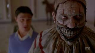 American Horror Story Freakshow - Dandy Snoops Through Twisty's Belongings