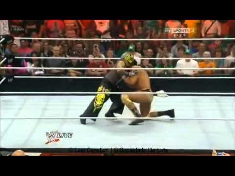 WWE Raw Volta de Rey Mysterio