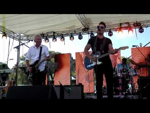 Icehouse - Touch the Fire feat. Michael Paynter - Rotto Live, 10 January 2016