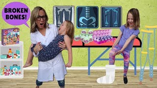 Toy Doctor Helps Addy and Maya !!!