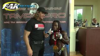 Rosella Joseph Woman's Physique Tercer Lugar Tampa Bay Pro Show