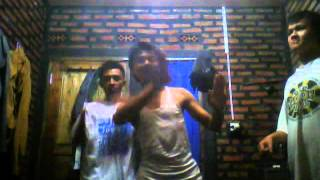 Dangdutan ala mahasiswa tingkat akhir - Darso ft. Rina iH Kangen