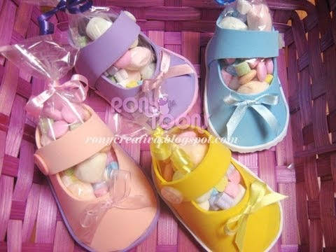 ZAPATITOS DE NIÑA PARA BABY SHOWER CON FOAMY O GOMA EVA Baby Shower souvenir DIY