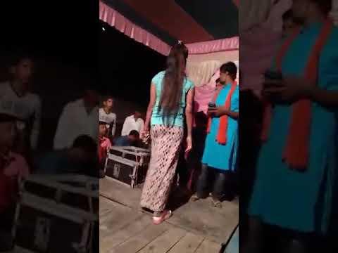 Xxx Mp4 XXX Paas Woh Aane Lage Zara Zara Hot Dance In The Stage 3gp Sex