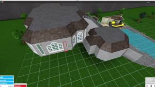 Roblox bloxburg 30 000 house tutorial multiple floors for Pool designs under 30000