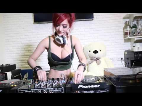 DJ Nonny เซ็กซี่สุดๆ