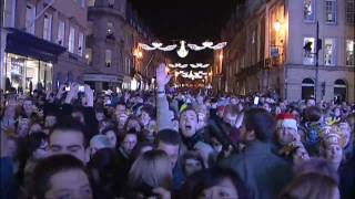 Hollywood star turns on Christmas lights in Bath