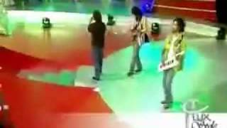 Shafqat Amanat Ali - Neend Na Aaye - Lux Style Awards - Live