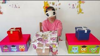 IŞILA SÜRPRİZ HEDİYELER ve KORKUNÇ EŞEK ŞAKASI Kutumda Ne Var? Funny Pranks Eğlenceli Çocuk Videosu