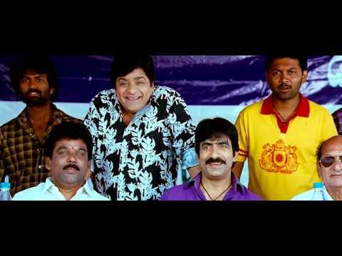 Kajal Hot Navel Show From Veera 3