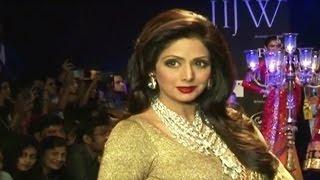 HOT Bollywood Actress Sridevi Ramp Walk On IIJW