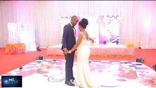 WEKA MBALI NA WATOTO.ANOTHER VEERY ROMANTIC FIRST DANCE . DEEP FEELING.
