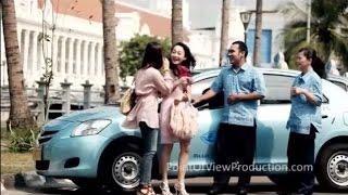 Blue Bird Taxi New Batik