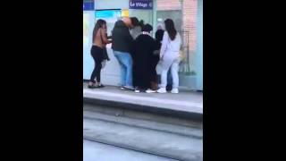 Arab thugs knock out a french girl