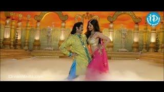 Tabu Hot Navel Dance Slow Motion in Premavalambanam Song