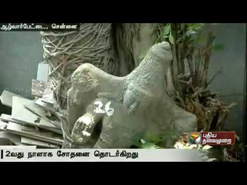 Idol  smuggling: Search at the residence of the accused continues as more idols are unearthed