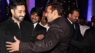 Salman khan Dance With Abhishek Bachchan At Shahrukh Khan