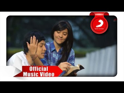 TheOvertunes - Mungkin (OST. NGENEST) [Official Music Video]