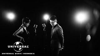 kevin lim ft nowela - cinta kita beda official music video