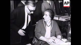 SOCIALIST INTERNATIONAL MEET   - NO SOUND