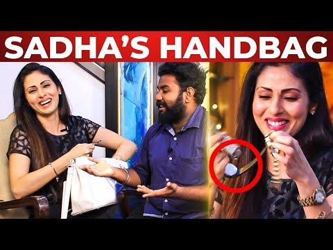 Xxx Mp4 FUN Sadha Tooth Paste La UPPU Irukka Sadha Handbag Secret What 39 S Inside The HANDBAG 3gp Sex