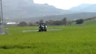 El 6530  echando herbicida con la GaYsA