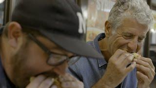 Charleston Nightcap Waffle House | ANTHONY BOURDAIN: PARTS UNKNOWN 6