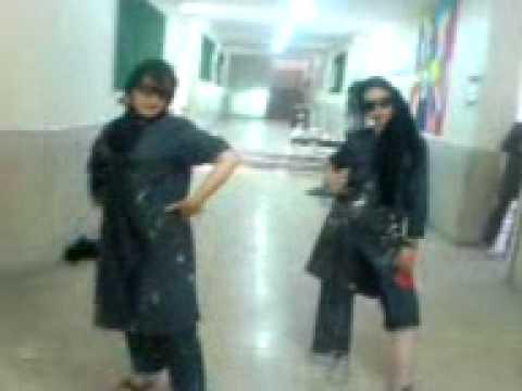 iranian girls in High School دخترهای ایرونی و مد لباس دبیرستان