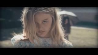 Trailer Lights out- Cuando las luces se apagan (subtitulado en español)