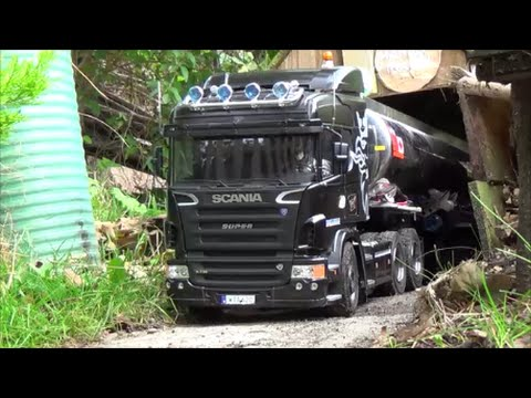 tamiya scania R730 with some new bits and road