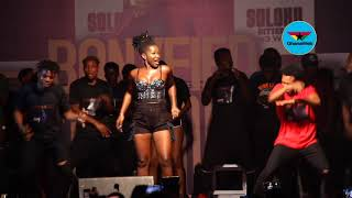 Ebony thrills fans with 'Date Ur Fada' at maiden concert