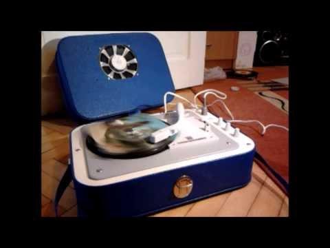 Gramofon walizkowy Bambino 2B WG 262