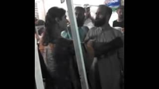 karachi khusra fight at f.b area