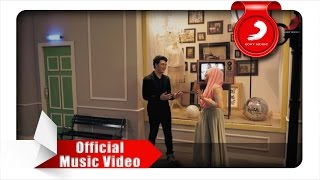 Fatin Feat Theovertunes  Kaulah Kamuku Official Music Video