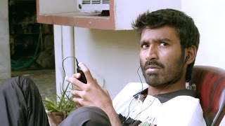 Raghuvaran B.tech Scenes - Dhanush Playing Cricket Scene - Dhanush, Amala Paul
