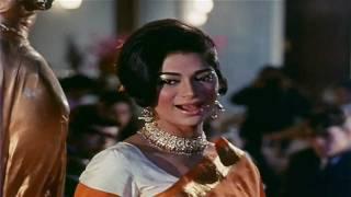Yeh Kaun Aaya Roshan Ho Gayi Mehfil - Lata - Saathi (1968) - HD