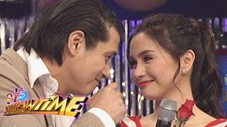 It's Showtime: Robin returns to ABS-CBN