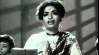 AYE MAALIK TERE BANDE HUM - LATA JI- VASANT DESAI -BHARAT VYAS -DO AANKHEIN BARAH HAATH (1957)