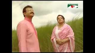 Bhalo Achi Bhalo Theko by Nazma and Nayon