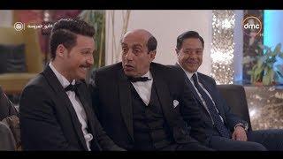 """كوميديا طارق وأبوه يوم الفرح ... عايزك ترفع راسي """" اللي بيعمل مبيقولش """" 😂😂 #أبو_العروسة"""