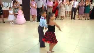 Mr & Missis Mihai Ungureanu & Ionela Tarus Ballroom Dancing kids dancing  Деца данцинг