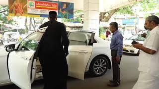 H.H Baselios marthoma paulose II Receives Anugrah & fathima at kottayam railway station