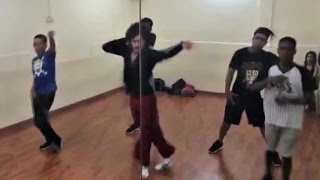 Tiger Shroff MJ Dance Stunts On Closer Chainsmokers Song