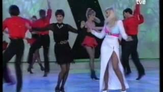 RAFFAELLA CARRÁ & CONCHA VELASCO - La chica yeyé