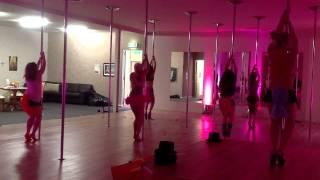 Burlesque De La Pole Workshop