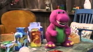 Barney is on the table of seasons before snow falls!