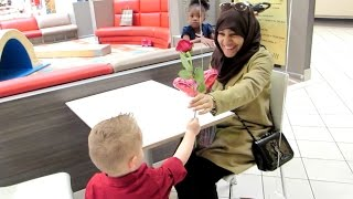 Kids Surprise Strangers With Flowers For Valentine's Day!!!