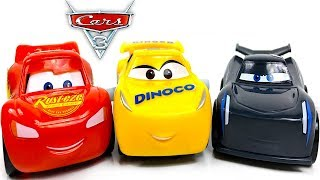 WIND - UP BUDDY PACK CON RAYO MCQUEEN DINOCO CRUZ RAMIREZ Y JACKSON STORM - JUGUETES DE CARS 3