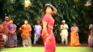 Bangla Movie Song : O Rani Salam Bare Bar/Paharia Saaper Khela